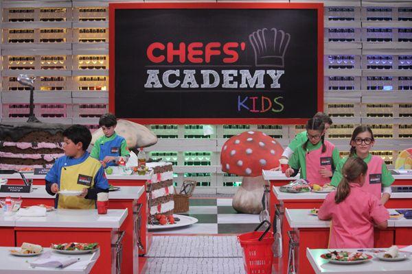 Sozinho em casa e Mãos na Massa | Notícias | Chefs' Academy | RTP