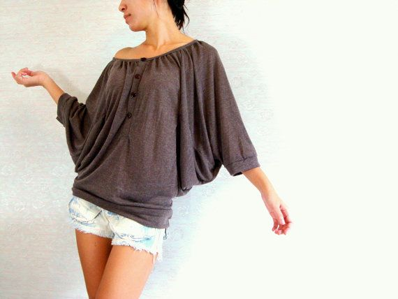 Oversized tee - off shoulder batwing t shirt - dark brown tee / Oversized Top / brown blouse / Casual Women Comfy tshirt / chocolate brown