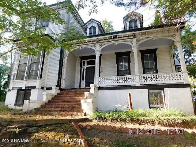 stunning c 1860 ms fixer upper under 45 000 old houses under rh pinterest com