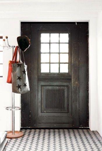 entry: The Doors, Coats Racks, Black Doors, Dark Doors, Front Doors, Front Entry, Antiques Doors, Mosaics Tile, Wood Doors