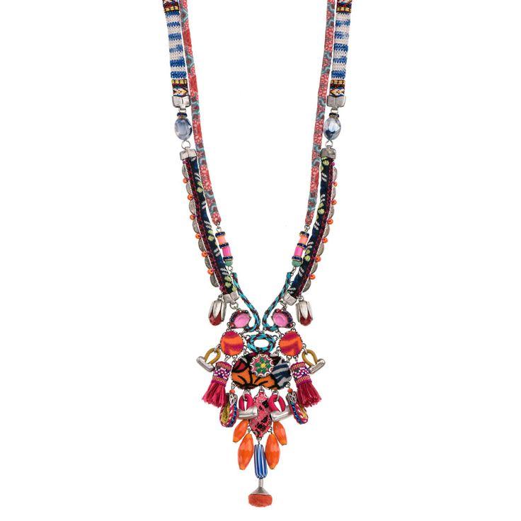Coloratissima e bohostyle la collana di Ayala Bar   AIBIJOUX #AyalaBar #AIBIJOUX #gioiellidautore #fashionjewelry #bohostyle #bijoux