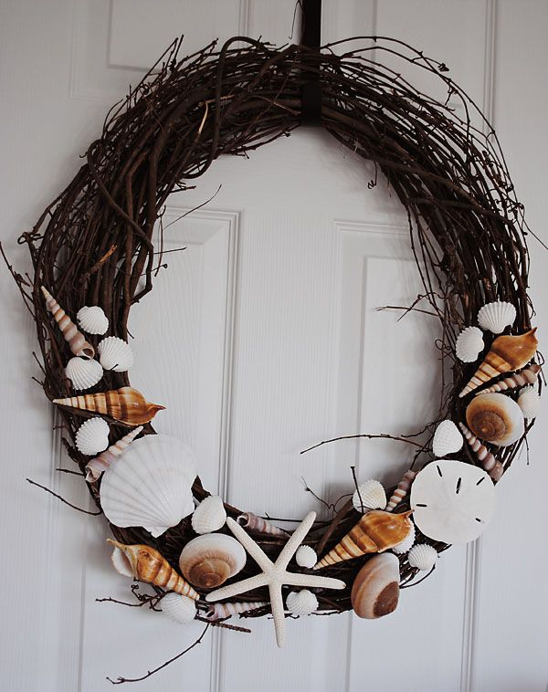 42 best images about seashell diy on pinterest sea for Seashell wreath craft ideas