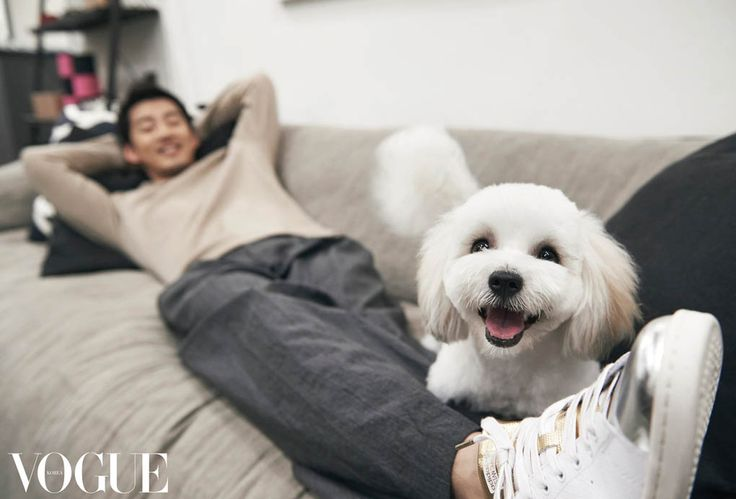 Yoon Kye Sang loves his puppy and his puppy loves him. Any time I've seen video of him where an animal is present, he always greets it and visits with it. Love that in a man. Vogue Magazine August Issue '15.