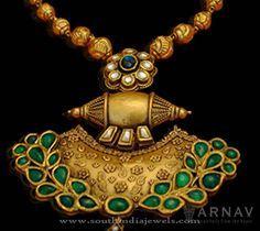Gold Emerald Pendants, Antique Gold Emerald Pendant Designs, Gold Pendants with Emeralds.