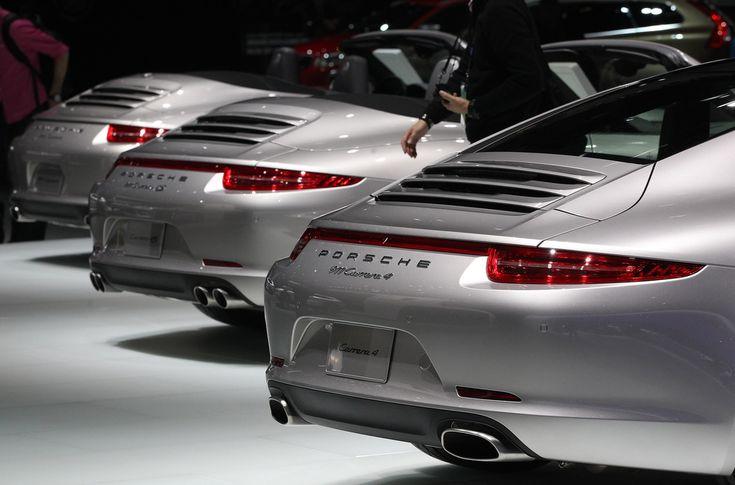 #Porsche 911 #Carrera 4's at #naias
