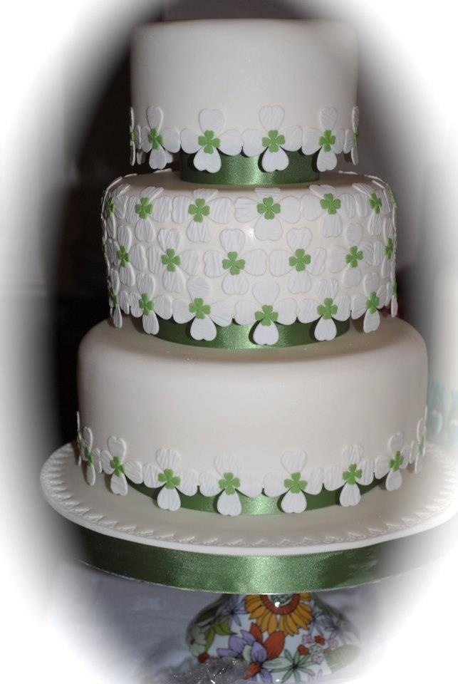 Irish Wedding Cake Live in Chicago or