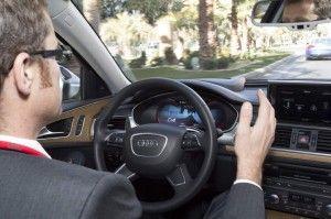 Audi está a poco de comercializar el sistema autónomo de conducción.   #Motor http://blgs.co/B4s02N