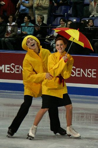 Skate_Canada_2006_Tessa_Virtue_and_Scott_Moir_EP  Never seen this. Is this Psed?