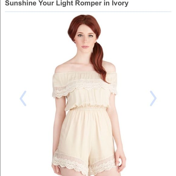 Modcloth sunshine your light romper Ivory romper nwot size small ModCloth Other