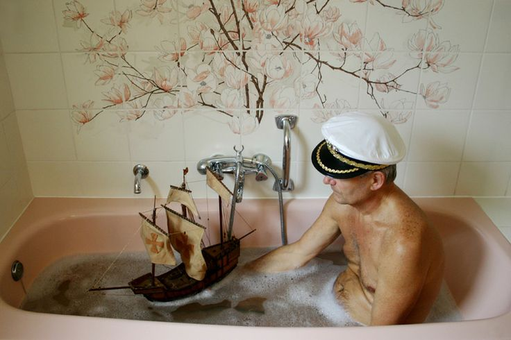 I love you Bill Murray and I am sorry but I need this picture for that tub and flower combo!
