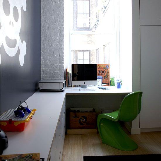 gillar renheten samt långt skrivbord