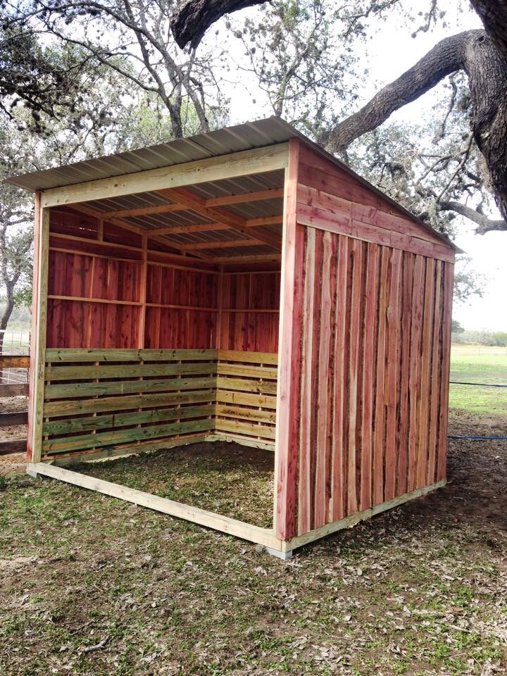 1000 images about horse shelter on pinterest goat barn. Black Bedroom Furniture Sets. Home Design Ideas