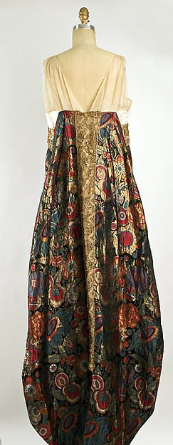 Evening dress, back. Design House: Callot Soeurs (French, active 1895–1937) Date: fall/winter 1920–21 Culture: French Medium: silk, metallic thread