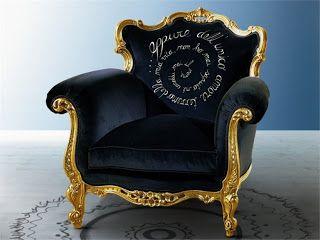 poltrona estilo luis xvi  preta e dourada macia e bonita