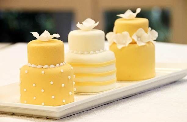 Torte nuziali colorate per l'estate