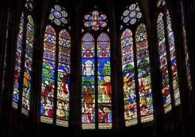 Catedral de Notre-Dame, em Paris. A mais famosa das catedrais construídas seguindo a arquitetura gótica