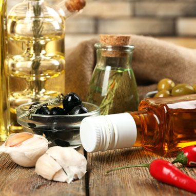 Fast Five: The Right Oils For Deep-Frying