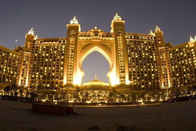 Best Time to Travel to Dubai   If you want to get the most out of your visit to Dubai, you will need to travel at a specific time of the year. This article will focus on the best time you can visit Dubai based on weather, the cultural events, and other activities that can enable you to enjoy a Vacation in Dubai.
