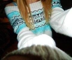 I love this sweater so much <3 I want it!