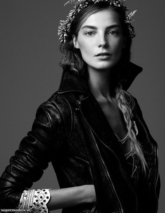 Daria Werbowy in 'Fine Girl' - Photographed by Steven Pan (Vogue Ukraine March 2013)    Complete shoot after the click...