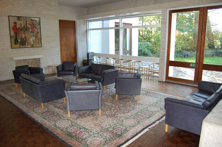 Murray Edwards Fellows Drawing Room