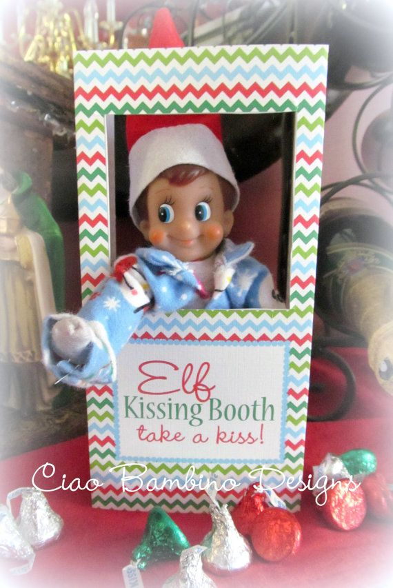 INSTANT DOWNLOAD Printable ELF Kissing Booth You by ciaobambino