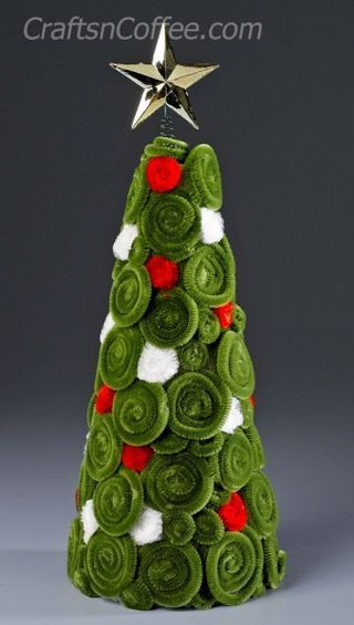 How cute is this pipe cleaner cone tree? Sharon at Crafts 'n Coffee used pipe cleaners to cover a Styrofoam cone with a beautiful, swirly pattern. This project is easy enough to do with the kids, and