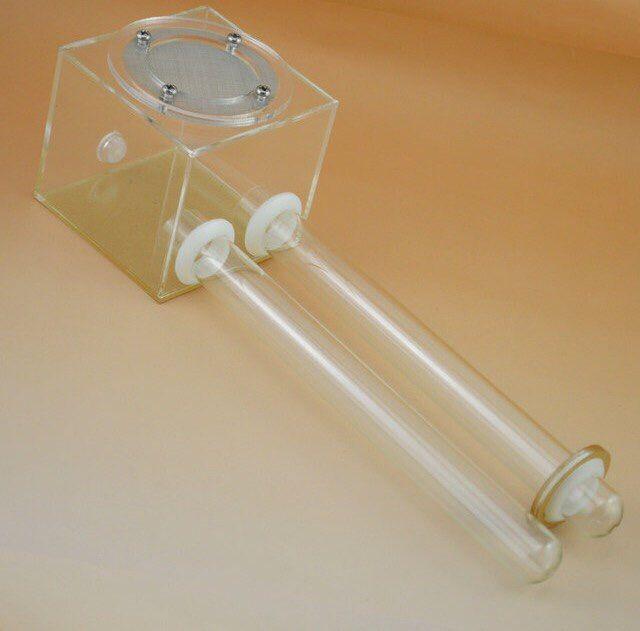 Инкубатор: INC-1(18мм) 70х70х70мм с пробирками 250мм Мелкие до 500. Средние до 200. Крупные до 100 особей. Диаметр используемых пробирок 18мм\2шт., съёмные, расположенные на одном уровне. Удобное отверстие для зоны кормления (уборки) и использования средства Антипобег. Малая арена, дышащая мелкая сетка из нержавеющей стали (для улучшения циркуляции воздуха). Один отдельно расположенный вход(выход) в арену. С плотным соединением, комбинируемый. Прозрачный. Цена: 610₽. vk.com/murashdom