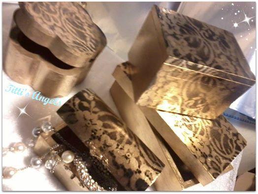 scatoline legno dipinte a mano.