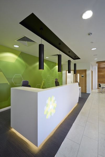 17 best ideas about office reception desks on pinterest for Green feature wall