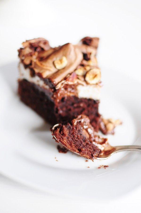 Gâteau chocolat noisette meringué. Aïe. Rapide, simplissime, ultra-gourmand... Aïe, quoi !