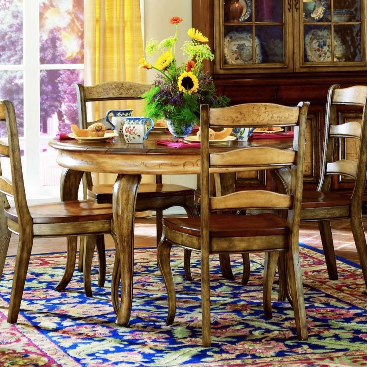 Round Dining Table Sets French Rooms Kitchen Tables Hooker Furniture Color Palettes Bookcase Country Vineyard Pallets