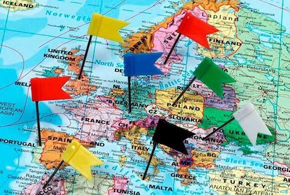 zomer, vakantie, zomervakantie, kinderen, baby, dreumes, peuter, kleuter, boeken, kindvriendelijk, kidsproof, tips, inspiratie, ideeën, italie, spanje, frankrijk, belgie, zwitserland, duitsland, engeland, kroatie, vliegen, auto, strand, stad, lopen, zwem