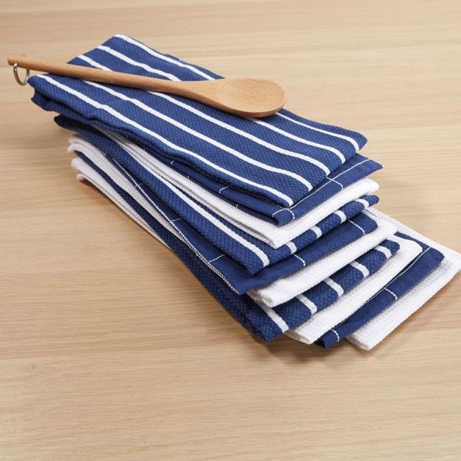 Freshen up you kitchen decor with a new set of Harman Tea Towels.