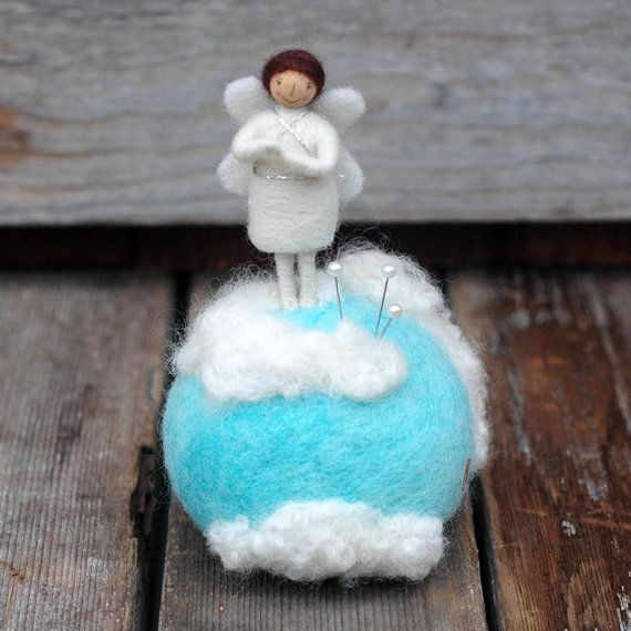 Mini Engel im Himmel  Nadel Gefilzte Dekor oder von BossysFeltworks
