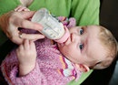 How to tell how much formula your baby needs | BabyCenter