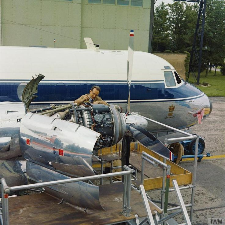 A Hawker Siddeley Andover C.1 of the Queen's Flight undergoes maintenance at the unit's base at RAF Benson