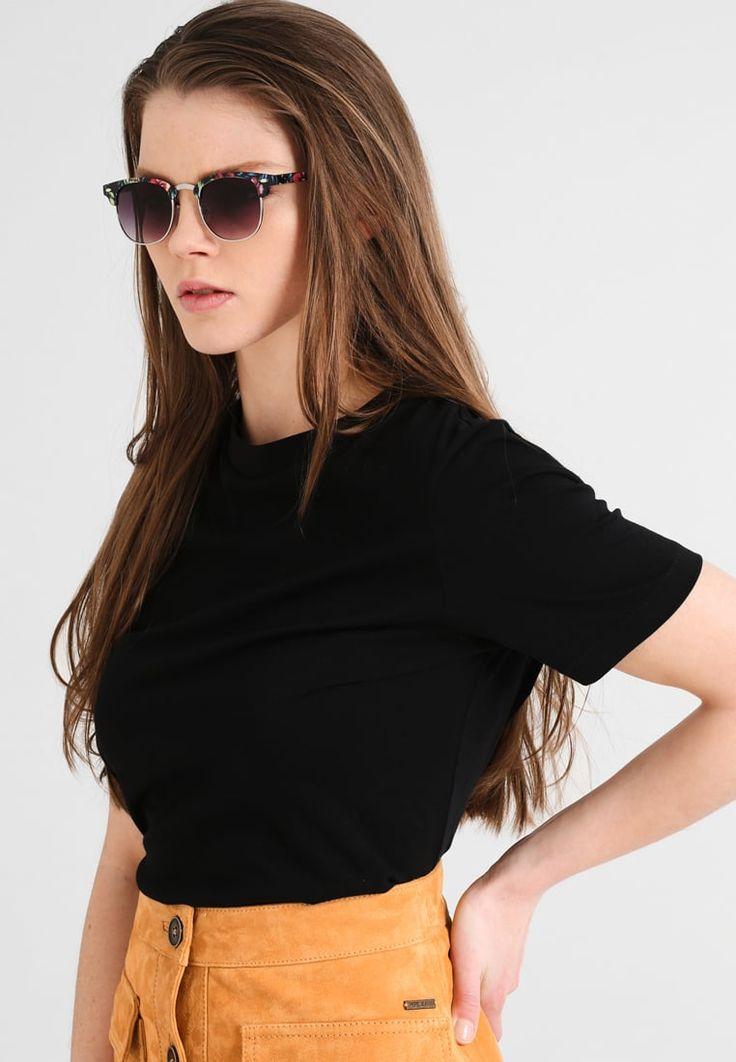 ¡Consigue este tipo de gafas de sol de Even&odd ahora! Haz clic para ver los detalles. Envíos gratis a toda España. Even&Odd Gafas de sol schwarz: Even&Odd Gafas de sol schwarz Ofertas   | Ofertas ¡Haz tu pedido   y disfruta de gastos de enví-o gratuitos! (gafas de sol, gafa de sol, sun, sunglasses, sonnenbrille, lentes de sol, lunettes de soleil, occhiali da sole, sol)