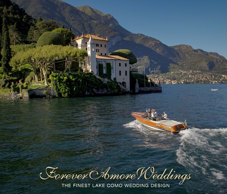 Groom & Bride's photoshooting on speed boat Colombo at Villa Balbianello. Picture by Steve Tarling ©