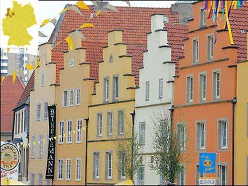 Anniversaire à compte rond, qui lie #Angers à #Osnabrück (Allemagne) et #Haarlem (Pays-Bas). Photo de la ville allemande d'Osnabrück.