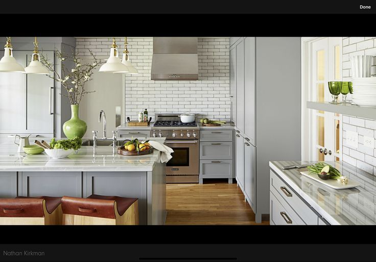 Pin by Vivian Leonard on Ravens Ridge | Small kitchen ...