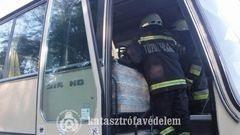 Kigyulladt egy gyerekeket szállító busz Siófokon