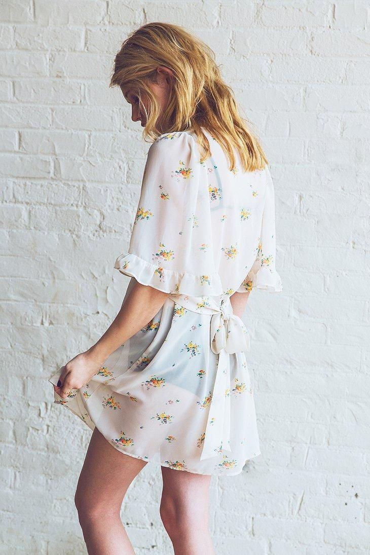 Betsey Johnson Vintage For UO Fiona Floral Chiffon Dress #UOxBetsey