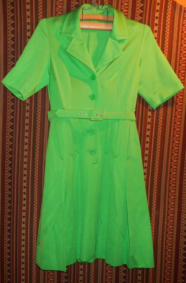 Authentic stunning Vintage 1960's FRENCH DRESS, Belt Mod Green, By Charrier Signed, fashion, chic.