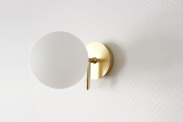 Neuf Applique Modele Atom En Acier Dore Opaline Applique Murale Luminaire Applique Murale Luminaire