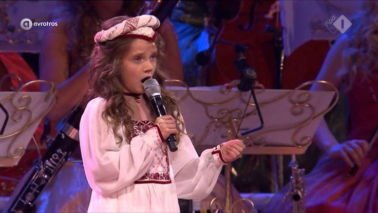 Amira Willighagen  & André Reiu - O Mio Babbino Caro - Vrijthof Concert ...