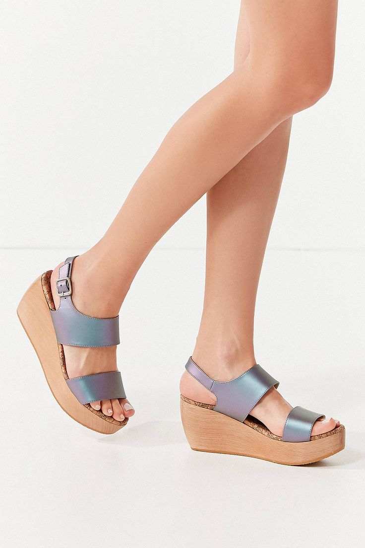 Shop Sydney Brown Vegan Platform Sandal at Urban Outfitters today. We carry all the latest styles, colors and brands for you to choose from right here.