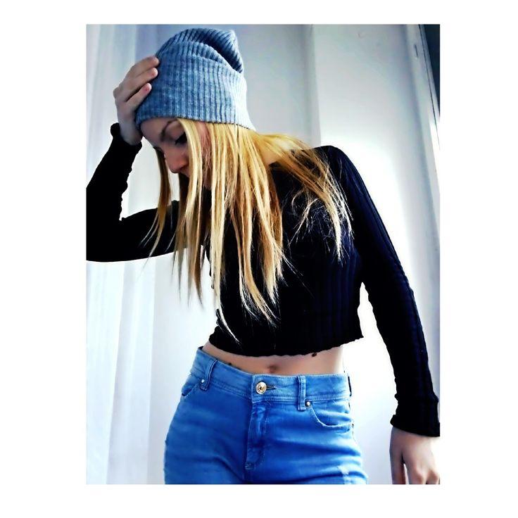 knitwear: Bershka - Jeans: Stradivarius