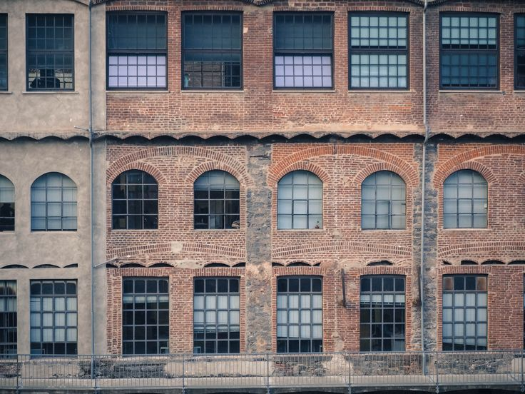 #biella #italy #atelier #atelierparticulier #savoirfaire #faitmain #echarpe #artisan