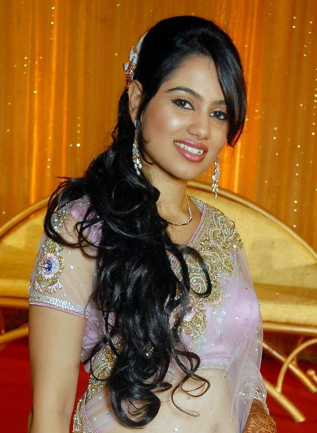 Fabulous 1000 Images About Indian Wedding Hairstyles On Pinterest The Short Hairstyles Gunalazisus